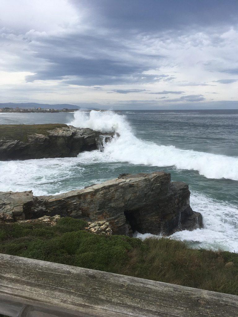 Mar enfurecido Playa de Las Catedrales